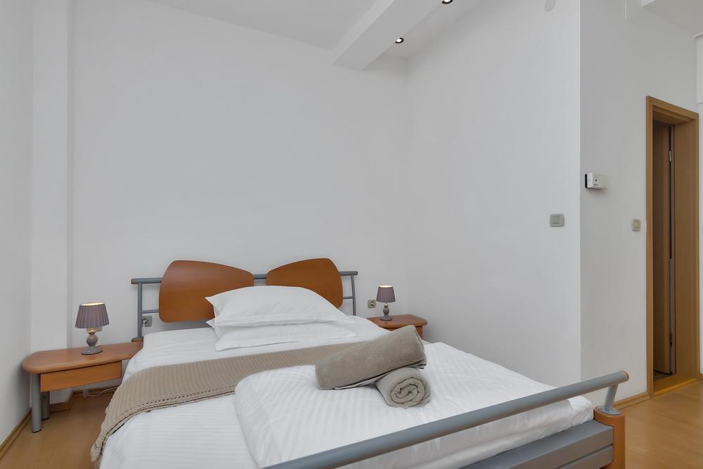 Air Conditioner For Studio Apartment